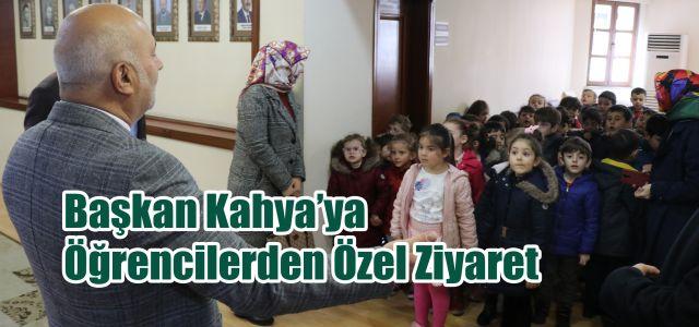 Ardeşen Belediye Başkanına Çocuklardan Sürpriz Ziyaret