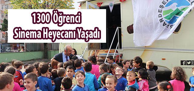Ardeşen Belediyesinden 1300 Öğrenciye Sinema Gösterisi