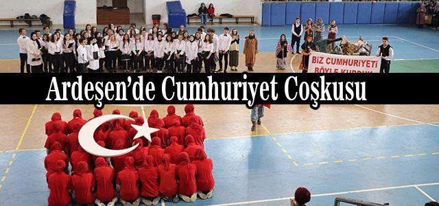 Ardeşen'de Cumhuriyet Coşkusu