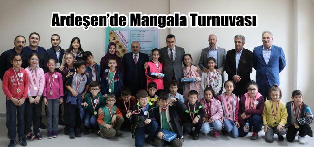 Ardeşen'de Türk Zeka ve Strateji Oyunu olan Mangala Turnuvası Yapıldı.