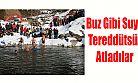 Kış Yüzme Şenliği Güzel Karelere Sahne Oldu